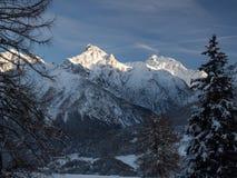 Das Panorama des Piz Lischana im Winter Lizenzfreie Stockfotos
