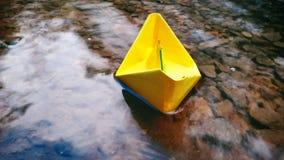 Das Papierboot Stockbild