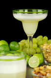 Das peruanische Cocktail, Pisco sauer stockfotos