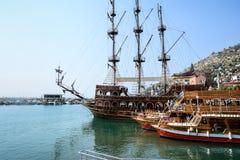Das Piratenschiff am Strand von Kleopatra Stockfoto