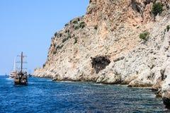 Das Piratenschiff am Strand von Kleopatra Stockfotografie