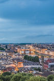 Das Ponte Vecchio (alte Brücke) in Florenz, Italien. Lizenzfreies Stockbild