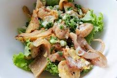 Das populäre thailändische Lebensmittel: Kuaitiao-khua kai Es ist ein Chinesisch-thailändisches lizenzfreie stockfotos