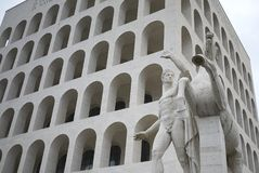 Das quadratische Colosseum lizenzfreie stockfotografie