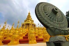 Das Rad des Gesetzes im Buddhismus Stockfoto