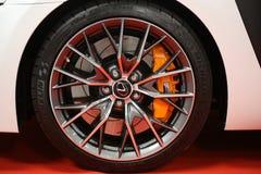 Das Rad von Lexus zeigte an der 3. Ausgabe von MOTO-ZEIGUNG in Krakau Polen an Lizenzfreies Stockbild