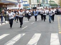 Das Rennen des Kellners an BalneÃ-¡ Rio Camboriú Sc Brasilien Stockfotografie