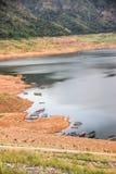 Das Reservoir ist zwischen dem Tal Stockbild