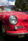 Das rote Auto Stockfotos