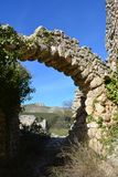 Das ruinierte maurische Dorf von L 'Atzuvieta im La Vall d 'Alcala, Spanien lizenzfreie stockfotos