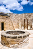 Das runde Haus: Hof mit Sperrstunde Bell Stockbilder