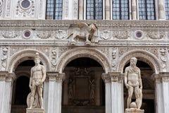Das Scala-dei Giganti im Hof von Doge ` s Palast, Venedig stockbilder