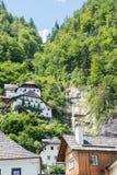 Das schöne österreichische Dorf von Hallstatt in der Gebirgs-Salzkammergut-Region Lizenzfreies Stockbild