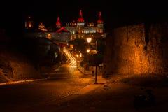 Das schöne alte Stadtnachtleben Stockfoto