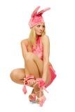 Das schöne Mädchen im rosafarbenen Abendkleid. Stockbilder