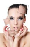 Das schöne Mädchen mit Problemen auf dem Gesicht lizenzfreies stockfoto