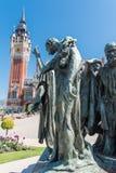 Das schöne Rathaus von Calais stockfotos