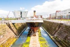 Das Schiff, das nomadische, Cherbourg stockfotos