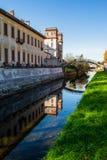 Das Schloss auf dem Fluss Lizenzfreie Stockfotos
