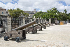 Das Schloss der Kraftverteidigungkanonen (ii) stockfoto