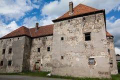 Das Schloss des Heiligen Miklos wird an der Wende der 14. und 15. Jahrhunderte, Transcarpathian Region errichtet lizenzfreie stockfotos