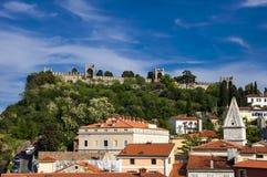 Das Schloss in Piran Stockbilder