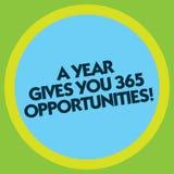 Das Schreiben der Anmerkung, die ein Jahr zeigt, gibt Ihre 365 Gelegenheiten Geschäftsfoto, das neue neue Anfangsmotivation zur S stock abbildung