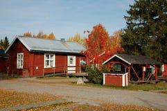 Das schwedische alte Haus im Holz Lizenzfreie Stockfotografie
