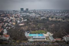 Das schwimmende Stadion Podoli in Prag lizenzfreies stockfoto
