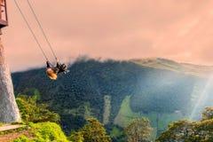 Das Schwingen am Ende der Welt, Ecuador stockfoto