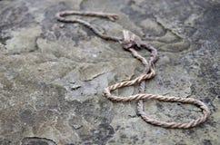 Das Seil des Steins lizenzfreie stockfotos