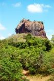 Das Sigiriya (der Felsen des Löwes) ist eine alte Felsenfestung Stockbilder