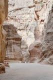 Das Siq in PETRA, Jordanien lizenzfreies stockfoto