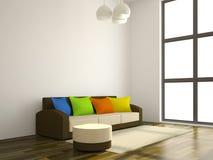 Das Sofa mit den Farbenkissen Lizenzfreie Stockfotos