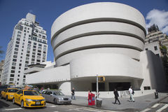 Das Solomon R Guggenheim-Museum von modernem und von zeitgenössischer Kunst in Manhattan Stockbilder