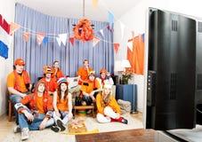 Das Spiel zu Hause überwachen stockbild