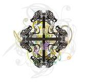 Das Stammes- abstrakte Kreuz, das durch die Dracheköpfe mit gebildet wird, spritzt Stockfoto