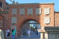 Das Stempel-Tor des Wawel-Schlosses, Krakau, Polen Lizenzfreie Stockfotografie
