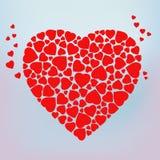 Das stilisierte rote Herz, das vom kleinen Herzen gemacht wird, formt Lizenzfreies Stockfoto