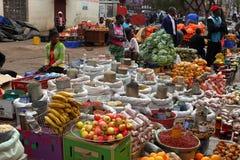 Das Straßenmarkt von Bulawayo in Simbabwe, 16 September 2012 lizenzfreie stockbilder