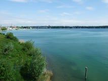Das Sumpf-und See-Teil des Seeburgpark-Parks in Kreuzlingen lizenzfreie stockfotografie