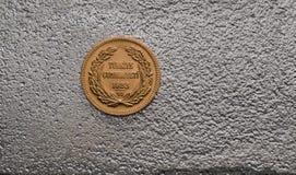 Das Türkische Kurush Ataturk Gold Coin auf Silberbarren Lizenzfreies Stockfoto