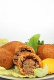Das Türkische-Ramadan Food-icli kofte (Fleischklöschen) Falafel-Weißhintergrund Lizenzfreie Stockfotos