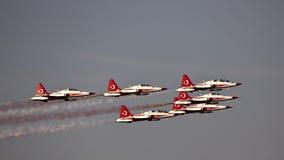 Das Türkische spielt Acroteam Airshow die Hauptrolle Lizenzfreie Stockfotos