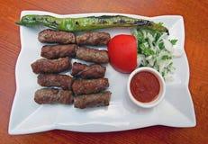 Das Türkische Tekirdag-Fleischklöschenplatte Stockbilder