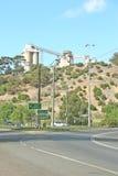 Das teilweise demolierte Zementwerk bei Fyansford begann Operation im Jahre 1890 und schloss im Jahre 2001 Nur die Silos bleiben lizenzfreie stockbilder