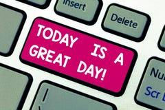 Das Textzeichen, das heute darstellt, ist ein großer Tag E lizenzfreie stockbilder