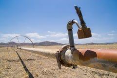 Das trockene Kalifornien-Ackerland Lizenzfreie Stockfotografie