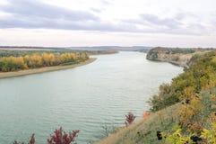 Das Ufer des Flusses Dnister Lizenzfreie Stockfotos