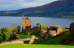 Das Urquhart-Schloss nahe Loch Ness Lizenzfreies Stockfoto